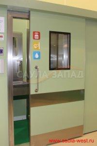 automatic-sliding-door-with-glazed-plastic-hpl-stiva-17-10-40-600x900